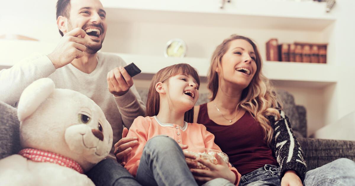 Dlaczego warto wybrać pakiet internetu z telewizją?